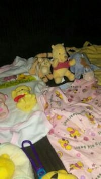 0-6 Winnie the Pooh Baby clothes & Toys Haleyville, 35565
