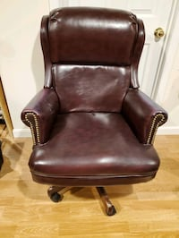 Brown Faux Leather Rolling Executive Office Chair