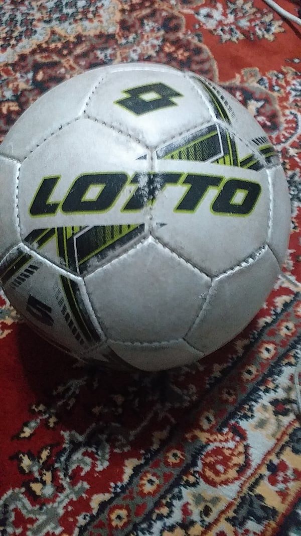 Lotto Futbol Topu 0