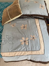 Blue & Brown full/queen size bedspread set