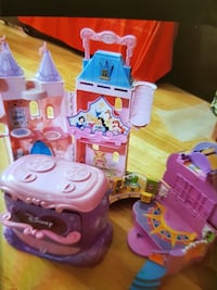 Disney Princesses dockhus spel set
