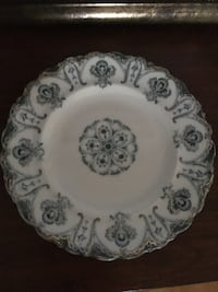 white and black floral ceramic plate Laval, H7K 3P5