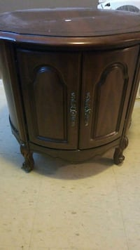Pair of antique end tables Toronto, M1K