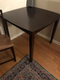 Dark Brown wood dining table & chairs  Columbus, 43016