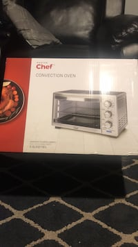 Brand new oven, I don't have use for it. Toronto, M6M 4N2