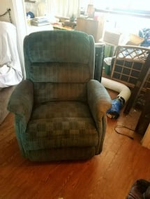 recliner (two available)