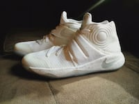 "Kyrie 2 ""silver speckled"" Mississauga, L5J 4B2"