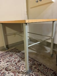 Commercial carpenters/cabinet makers shop table Vancouver, V5P 1Y3