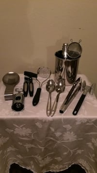 Kitchen utensils including container Baton Rouge, 70816