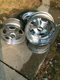 """Set of 4 15"""" wheels for Chevy Truck/SUV"""