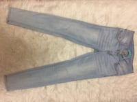 Size 3, Mid-Rise, Light Wash Skinny Jeans! Lightly Used, great condition! Toronto, M2J 1E7