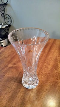 Crystal Flower Vase Youngstown, 44511