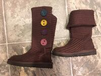 Ugg boots size 10 t