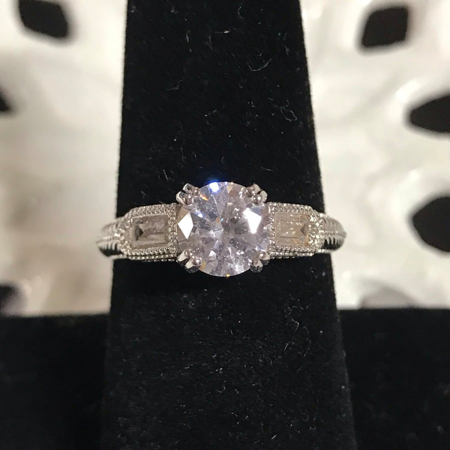 Gorgeous sterling silver white sapphire engagement ring size 8
