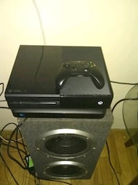 black Xbox One console with controller Milwaukee