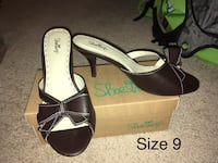 Size 9 Women's Heels  Fairfield, 17320
