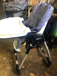 Black and white graco highchair Bethesda, 20817