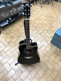 black and brown acoustic guitar Longueuil, J4K 2T4