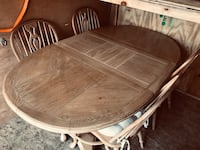 Oak table and chairs  786 mi