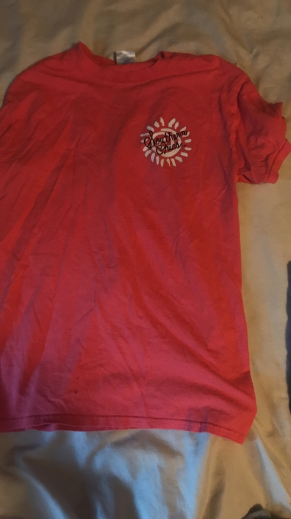red crew-neck t-shirt