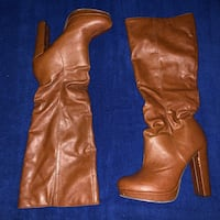 Size 10 Knee Boots Baltimore, 21205