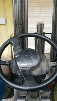 black and gray canister vacuum cleaner Houston, 77041