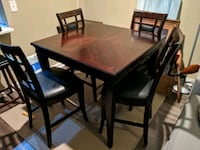 Broyhill Medium Size Cherrywood Table and Chairs Atlanta, 30319