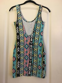 Small stretchy tribal print dress with drop back 55 km