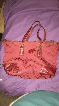 large Coach purse Indianapolis, 46241