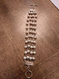 Sterling and pearls bracelet Guelph, N1E 4B9