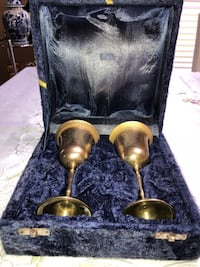 Vintage 2 brass wine glasses made in india Orlando, 32824