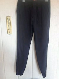 Youth size 16 joggers  El Paso, 79936