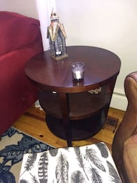 Crate and barrel table Street, 21154