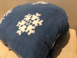 King fitted fleece snowflake sheet ~ super warm & cozy