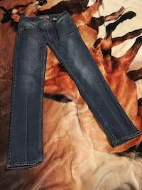 Paris Blue denim straight cut jeans size 7 meet in boonsboro only Boonsboro, 21713