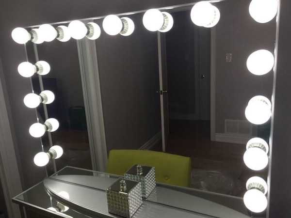 Used Hollywood Vanity Mirror Brand New For Sale In Vaughan Letgo