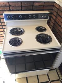 White and black electric oven Indianapolis, 46218