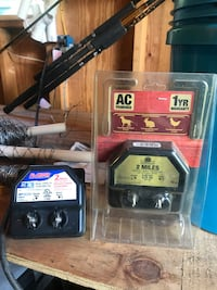 Electric fence controls