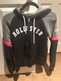 Girls Hollister hoodies. Size Large, runs small. Good condition. Huntington Beach, 92646