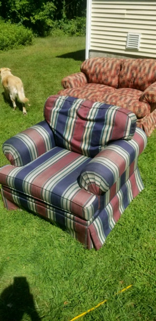 Remarkable Used Blue White And Red Plaid Sofa Chair For Sale In Gamerscity Chair Design For Home Gamerscityorg
