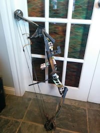 Hoyt Bow and Three arrows! Maple Ridge