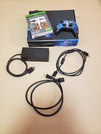 Xbox One & Battery pack for sale WASHINGTON