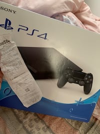 Sony PS4 console with controller box Annandale, 22003