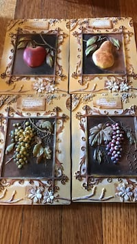 Fruit wall plaques  New Castle, 19720