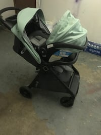 Baby's gray and black travel system