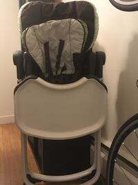 Baby's gray and black high chair Vancouver, V6P