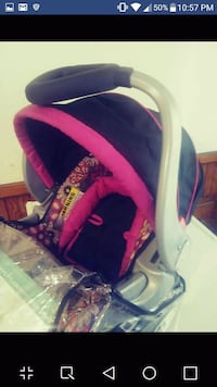 baby's black and pink car seat carrier Worcester, 01604