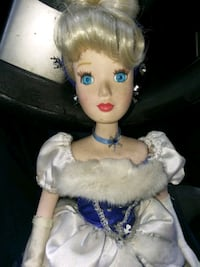 girl in blue dress doll Norwalk, 90650