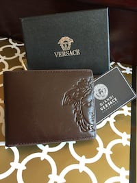 Beautiful Brown Mens Leather Wallet in Case 539 km