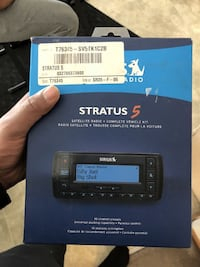 SIRIUS Stratus 5 Satellite Radio Receiver and Car Kit Calgary